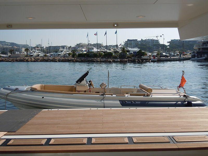 Compass Tenders drib tango in Marina