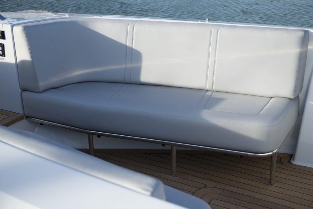 Compass Tenders tender seating