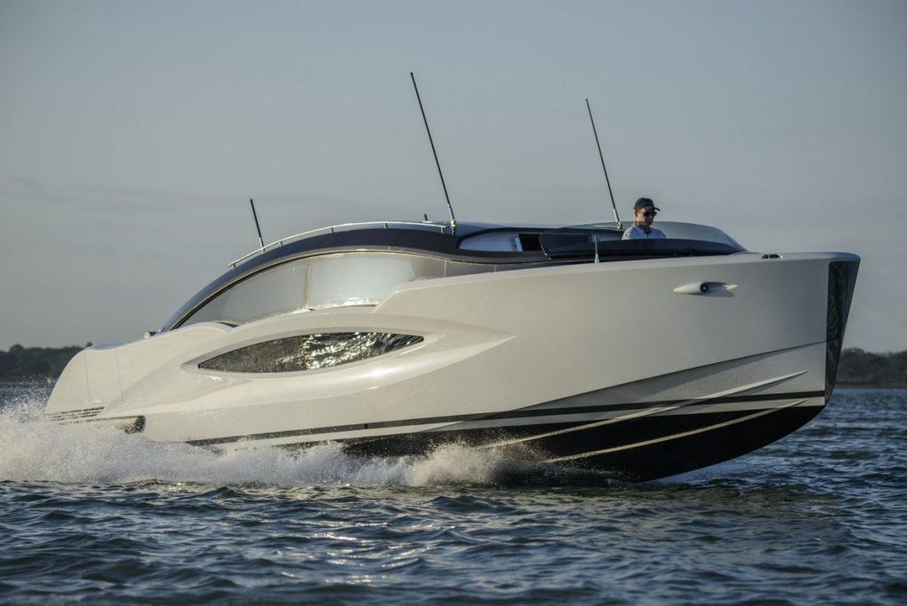 Compass Tenders limousine H2 Yacht Design