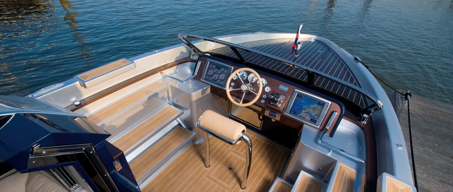Deck and controls of Tango luxury superyacht tender