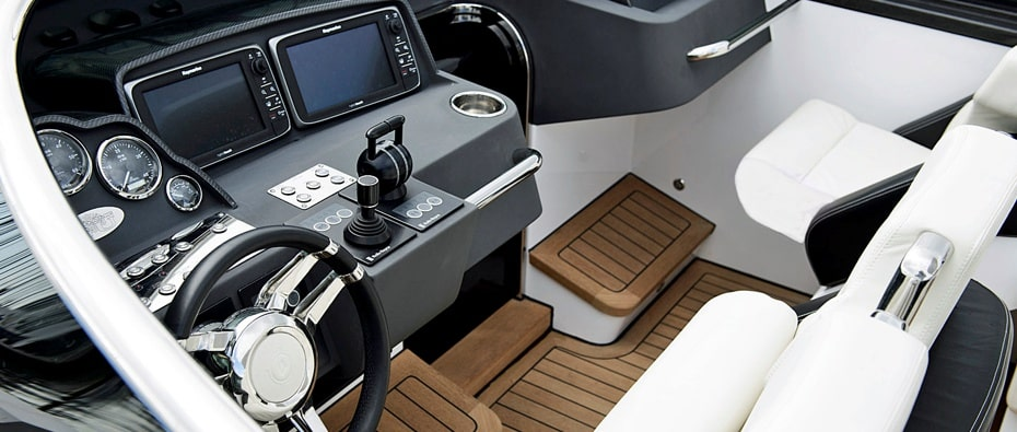 controls Compass Tenders