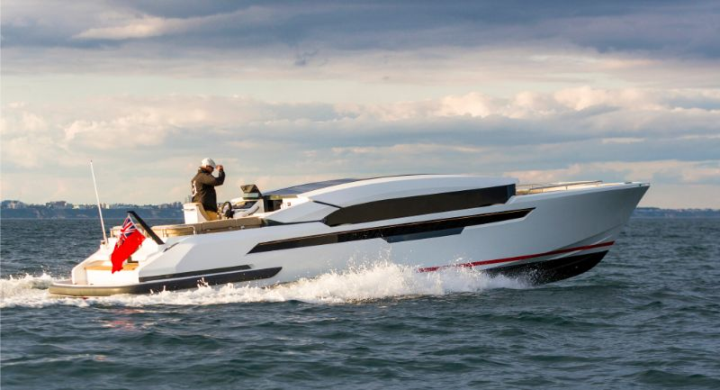 Side shot of Luxury superyacht tender