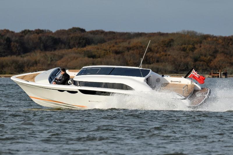 Compass Tenders 9m limo tender tt soaring