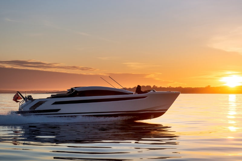 Latitude tender with custom features